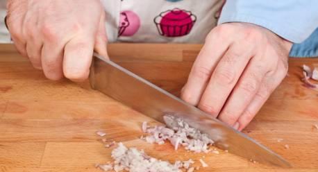 Салат с курицей и креветками - фото шаг 5
