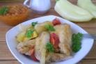 Курица, запеченная с картофелем и овощами