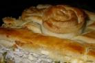 Пирог из песочного теста с курицей