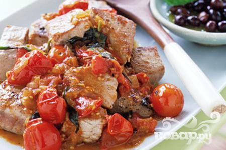 Рецепт Тунец с помидорами и базиликом