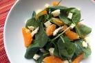 Салат из шпината и мандаринов