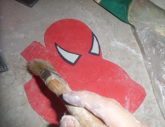 """Торт бисквитный """"Человек-паук"""" - фото шаг 7"""