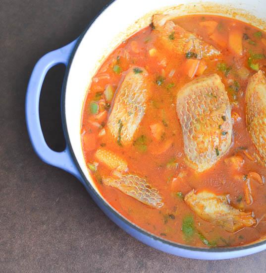 рыбный суп с томатной пастой рецепт с фото