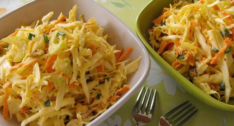 Салат с сельдереем и капустой - фото шаг 6