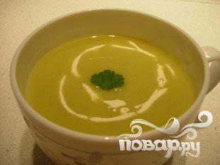 Картофельный суп с луком-порей