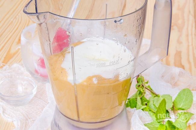 смузи рецепт с хурмой бананом клубникой йогурт