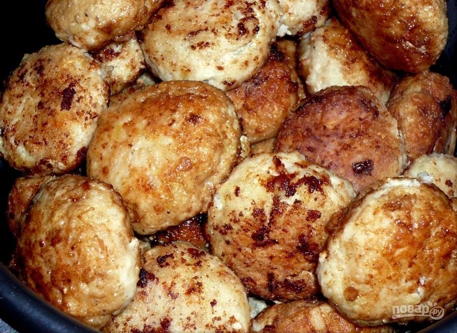 Рецепт: Сочные котлеты в духовке - все рецепты России