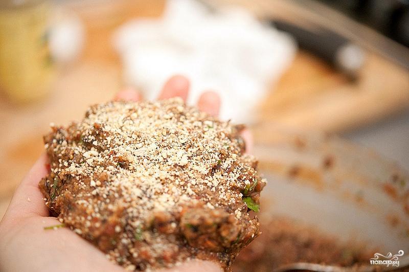 Вегетарианские бургеры с фасолью - фото шаг 5
