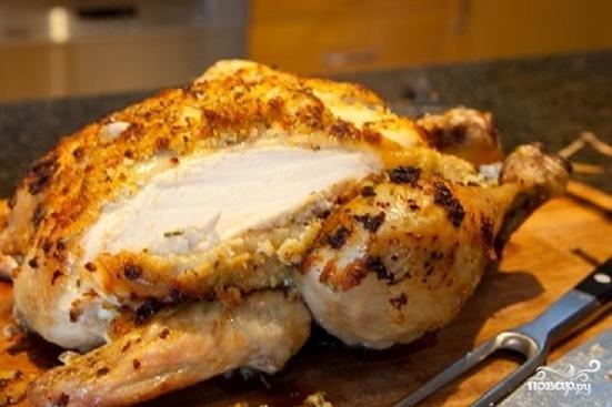 Запеченная курица с чесноком и лимоном