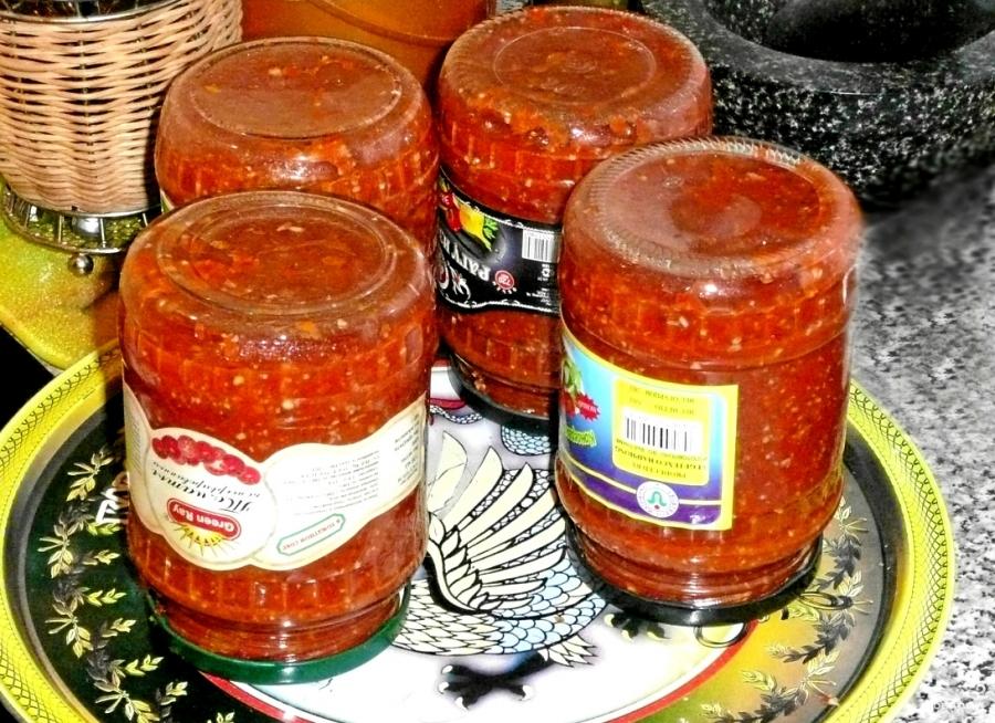 Аджика вареная на зиму из помидоров - фото шаг 5