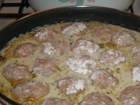 Простой рецепт тефтелей из фарша на сковороде