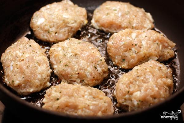 Котлеты куриные с сыром - фото шаг 4