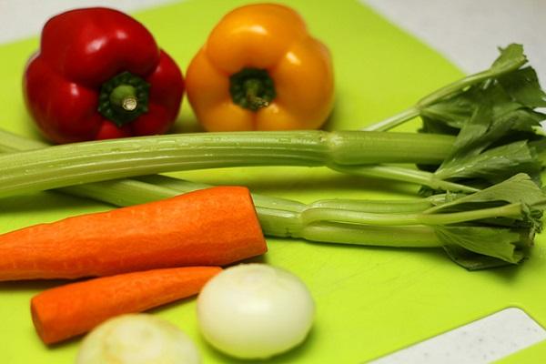 Рецепт Спагетти с сосиской и соусом