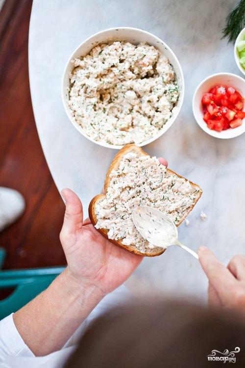 Бутерброды с пастой из креветок - фото шаг 2