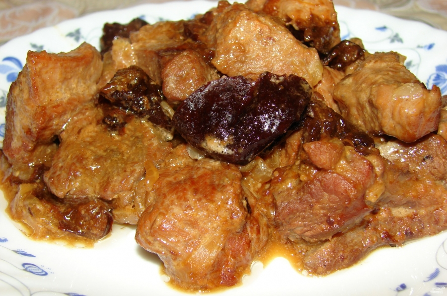 Мясо индейки тушеноеы