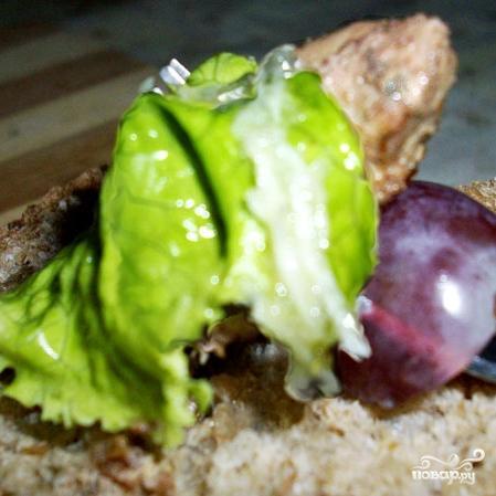 Салат с виноградом и куриной печенью - фото шаг 6