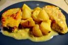 Картофель со свининой и сыром в духовке