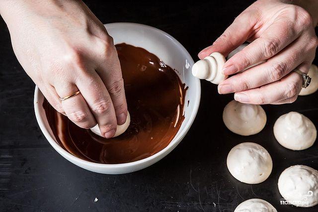 Печенье в виде грибочков - фото шаг 6