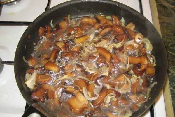 Куриное филе на сковороде - фото шаг 3