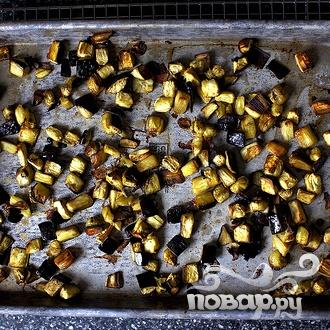 Тосты с салатом из баклажанов - фото шаг 2