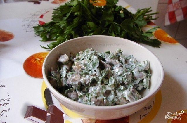 Рецепт Салат с жареными шампиньонами