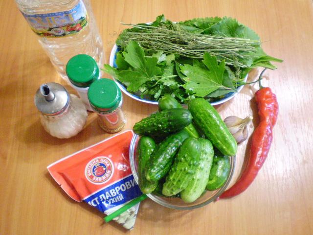 Рецепт Острые маринованные огурчики на зиму