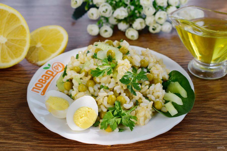 Витаминный салат с рисом