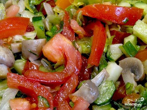 Рецепт Салат из грибов и помидоров