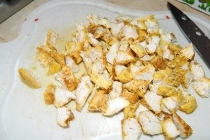 Салат с курицей и кунжутом - фото шаг 7