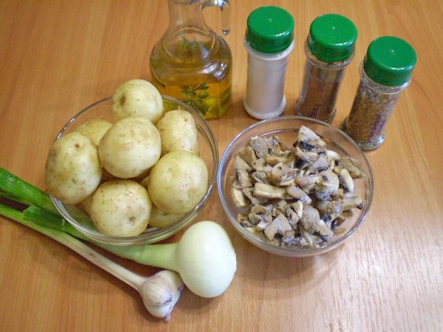 Рецепт Тушеная картошка с грибами в мультиварке