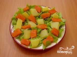 Салат с семгой и картофелем - фото шаг 8