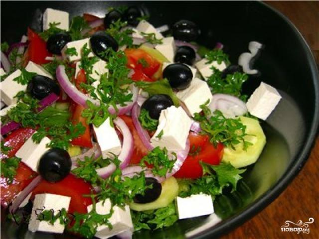 Простой греческий салат - фото шаг 8