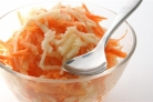 Салат из моркови с яблоками