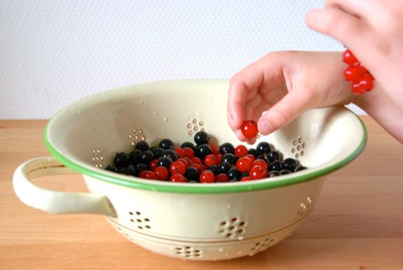 Варенье из смородины с желатином - фото шаг 2