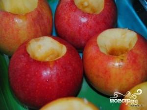 Запеченные яблоки с сахаром - фото шаг 4