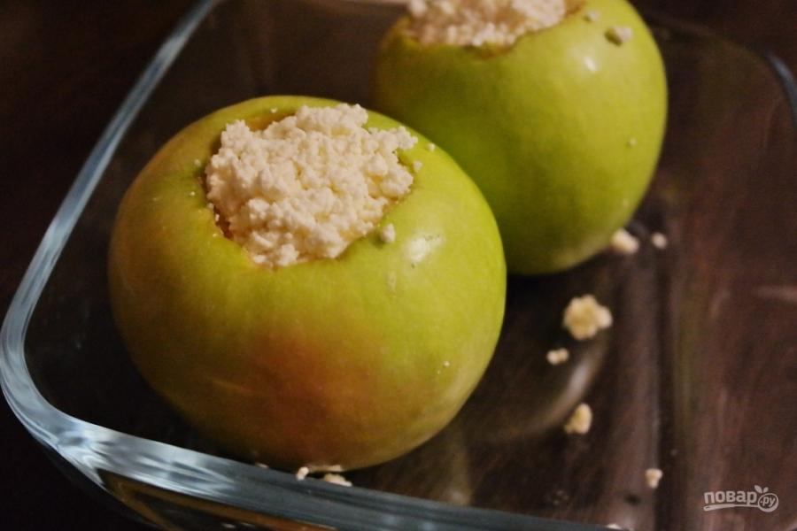 Диетическиеы из яблок и творога