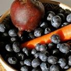 Рецепт Витаминный напиток из свеклы, моркови и черники