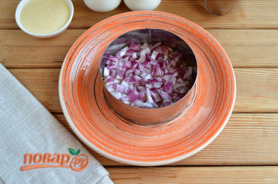 слоеный салат из баклажана