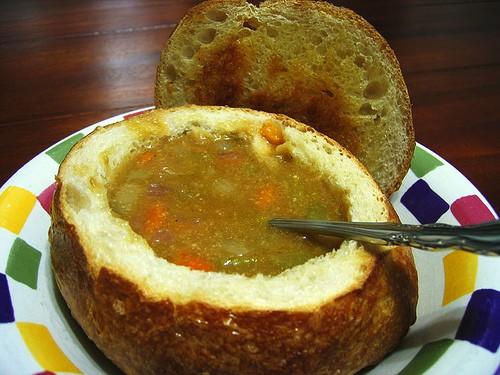 Литовский грибной суп в хлебе - фото шаг 5