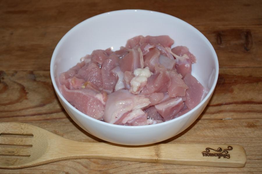 Куриное филе под соусом - фото шаг 1
