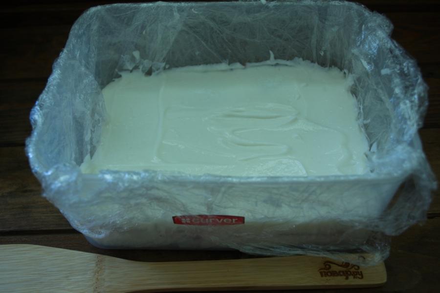 Клубнично-творожный торт без выпечки - фото шаг 8
