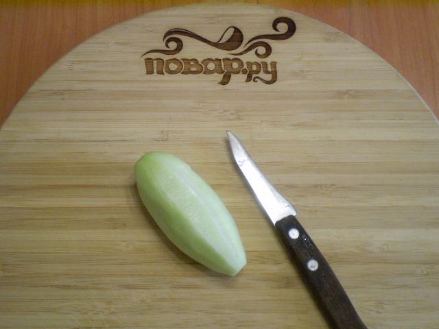 Кефир с огурцом и зеленью - фото шаг 2