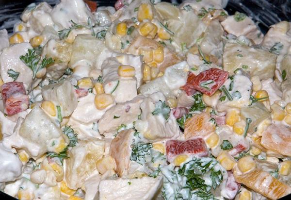 Салат с ананасами и куриной грудкой - фото шаг 9