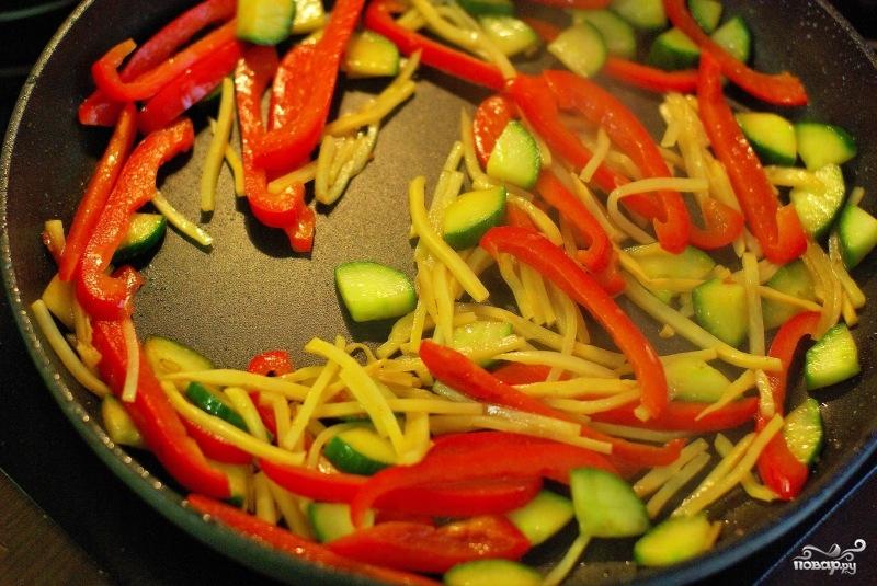 Тушеная рыба с овощами - фото шаг 6