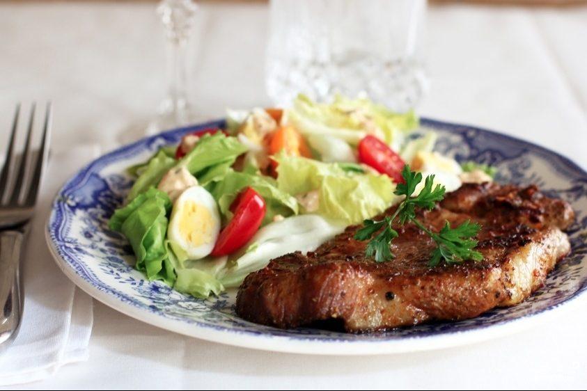 Рецепт Стейк из свинины в духовке