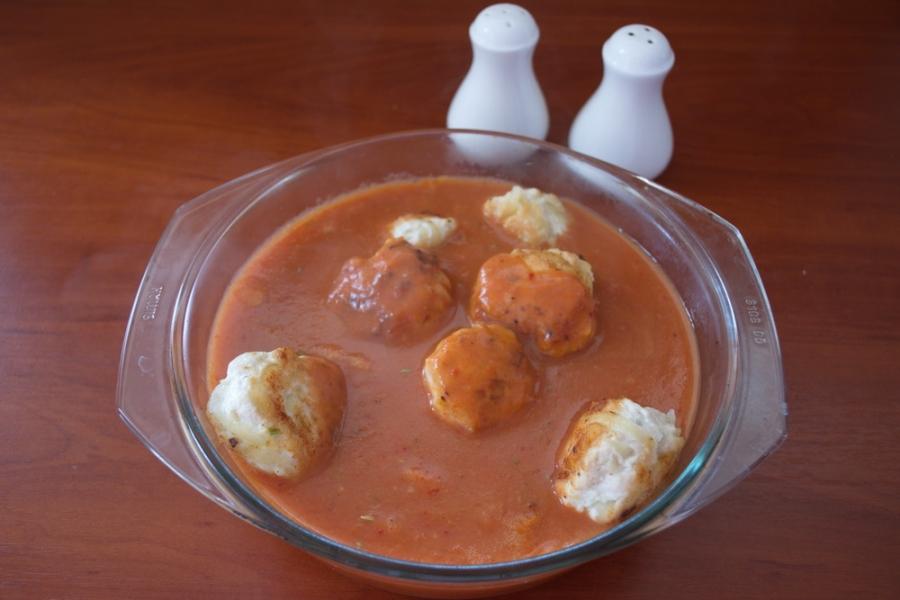 Тефтели в томатном соусе со сметаной - фото шаг 4