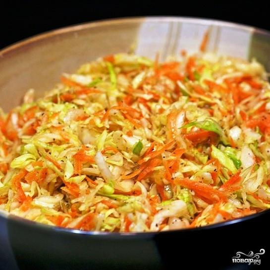Капустный салат с морковью - фото шаг 8