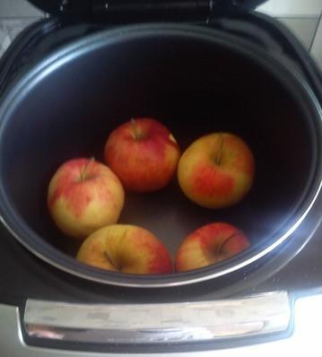 Рецепт Яблочный пудинг в мультиварке
