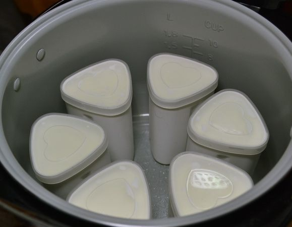 Йогурт с фруктами в мультиварке - фото шаг 4