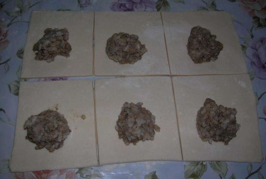 Пирожки с фаршем и рисом - фото шаг 5